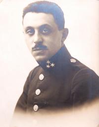 Father Kamil Kohn as an artillery officer in WW1