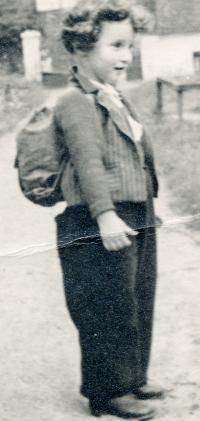 S tatínkem v Podbabě, 1940