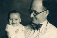S tatínkem, květen 1937