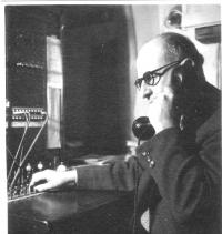 Otec Jiří Lauscher během práce na izraelské ambasádě