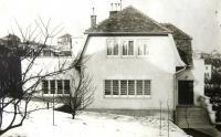 Dům rodiny Neumannů v Tvarožkově (původně Čelakovského) ulici v Bratislavě. Nedatováno.