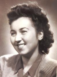 Ruth Mittelmann (Charlotta Neumannová). Bratislava, leden 1949.