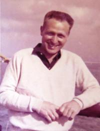 Zeev Ron. 1949.