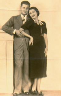 Rodiče Leon a Vinka Gatenjo, Skopje, 30. léta
