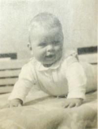Hana (6 months), Svoboda nad Úpou, August 1952