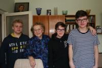 Stanislava Kučerová s žáky Masarykova ZŠ Zemědělská