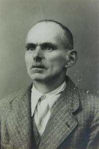 Otec Josef Bernát