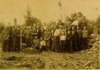 The surviving burning of Bohemian Malina