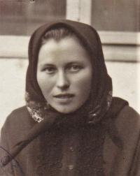 1945 - portrét