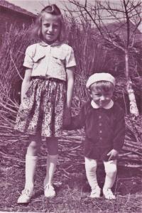 1954 - děti pamětnice