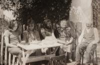 Výlet s přáteli na východní Slovensko (uprostřed)