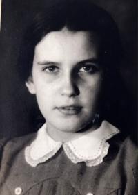 Eva Kotková, portrét, Praha 1942