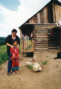 1998, Zuzana in Slovakia, settlement Žehva