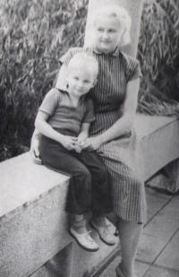 Jan s maminkou