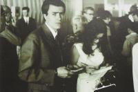 2. 7. 1969 - Odlet do Paříže, kontrola dokladů