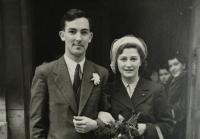 Svatební foto 1947  - detail