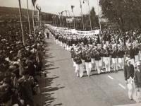 Prvomájový průvod v roce 1937 ve Zlíně