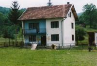 Srbský dům označený Bosňáky