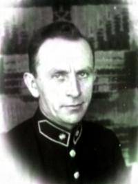 Otec Aleny Gruškové, Bohuš Bittner