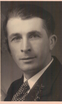 Alois Hrdoušek, zavražděn v tyto květnové dny