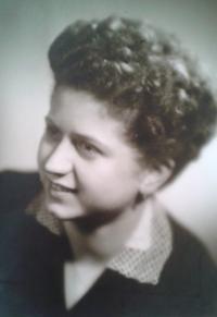 Věra Kopalová 1958