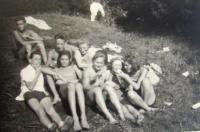 Mládí 1943
