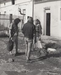Lomnička, 1984
