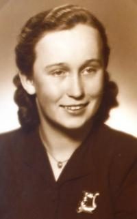 teta Marie Chvojková provdaná Čemusová