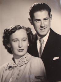 strýc a teta Čemusovi