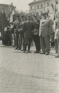 tchán pamětníka Bedřich Hodulík vyznamenaný po válce v Olomouci za to jak bojoval při osvobozování