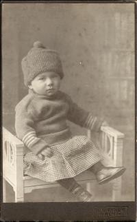 Tatínek Josef Klos kolem roku 1917