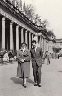 Ladislav Lašek with his wife Irena in Karlovy Vary