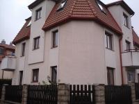 Dům v Úvalech, který Jan Král po revoluci postavil