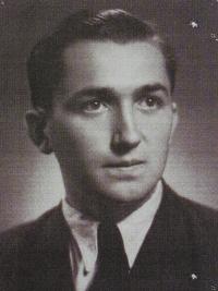 Pamětník Antonín Pospíšil - dobová fotografie z gymnázia.