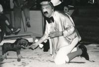 Béla Szaló na podnikovém večírku, rok 1987