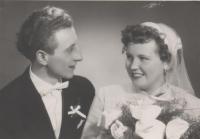 Svatební foto Eduarda Krause a Jany Tomkové, Nepomyšl, 1960