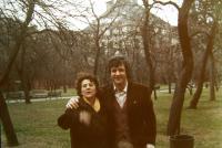 Helenin partner Andrea s Heleninou matkou, Florencie, 1972