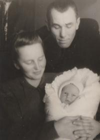 Petr Pavlík just born, with his parents, Prague 1945