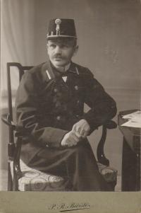 dědeček Antonín Doležal - pošta