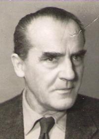 otec - Antonín Doležal
