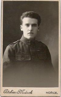 Otec Antonín Doležal - 20. léta