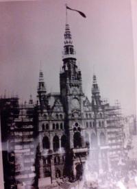 Černý prapor na liberecké radnici, srpen 1968