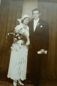 Wedding photo of Jaromír and Růžena Dobrovolný from 1930