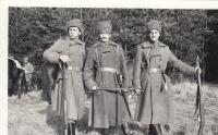 Z natáčení filmu Signum laudis, kde hráli ruské kozáky - zcela vpravo Jan Hrad