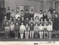 První školní rok - 1969-70 (ve škole v Chválenické ulici 25)