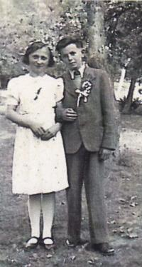 1938 - at a wedding when she was 12 years old