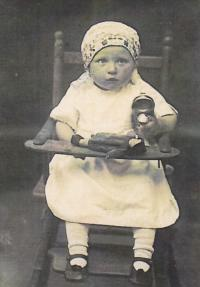 Emilie as a toddler in 1927