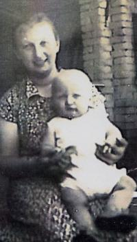 Emilie with her first child - 1951