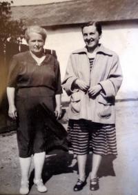 S maminkou v roce 1950