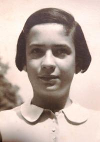 Eva Tauss, Brno, 1930s